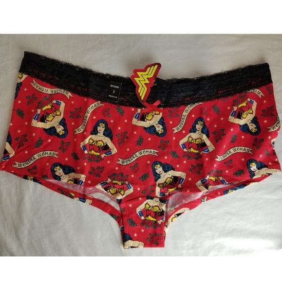 52c530f8e6a Torrid Wonder Woman DC Comic Hero ~ Boyshort Panty